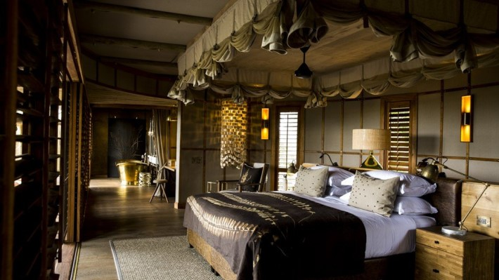 Mombo Camp Hotel