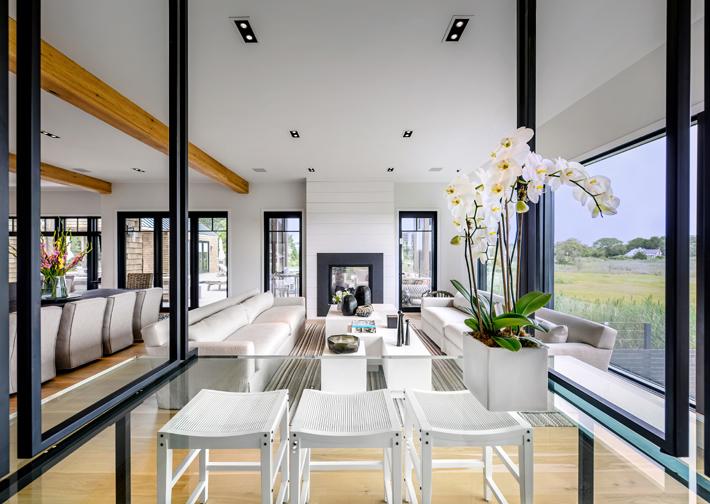 a white living room interior design