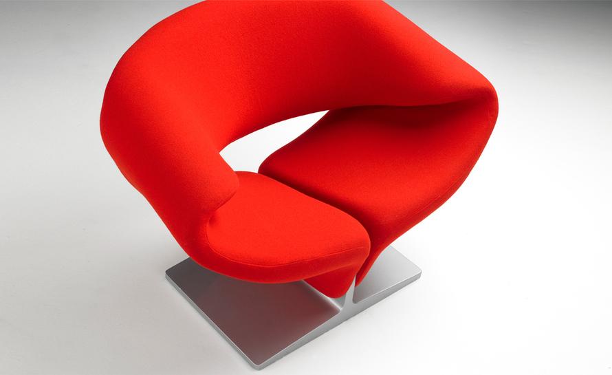 Pierre Paulin's Ribbon Chair