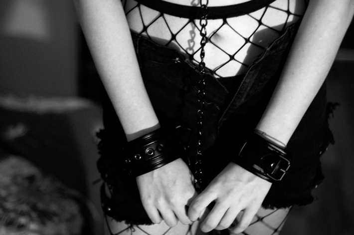woman in bondage - roleplay - ideas to spice up the bedroom during quarantine