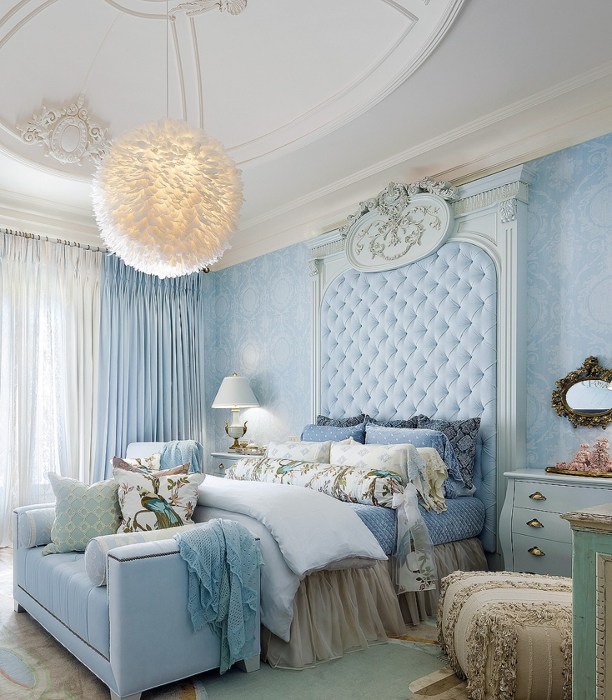 blue and white bedroom by lori morris - photo by brandon barre