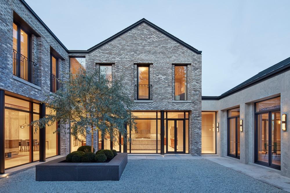 courtyard design by audax