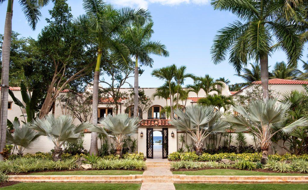 Dream Vacations: Su Casa designed by Champalimaud Design