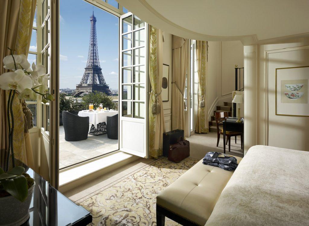 Duplex Terrace Eiffel View Suite at Shangri-la, Paris