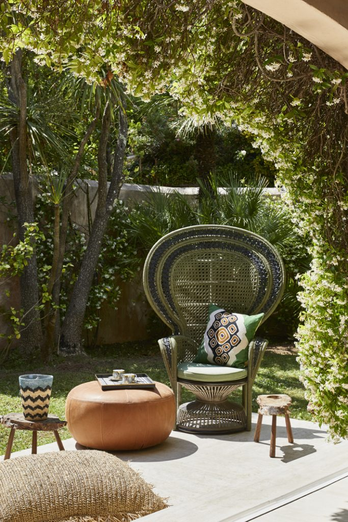 outdoor living space by stephanie coutas