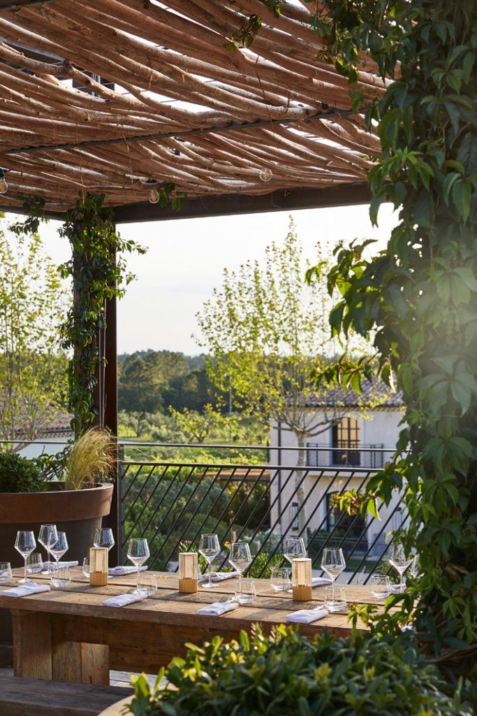 Ultimate Provence by Humbert & Poyet - alfresco dining