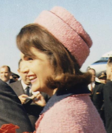 Jacqueline Kennedy Jackie O arriving at Love Field, Dallas, Texas wearing a pillbox hat - 60s fashion