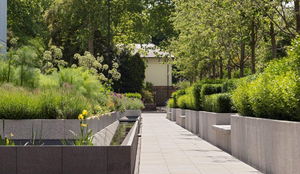 chelsea barracks Mulberry Sq Gardens by Jo Thompson - home garden pro tips