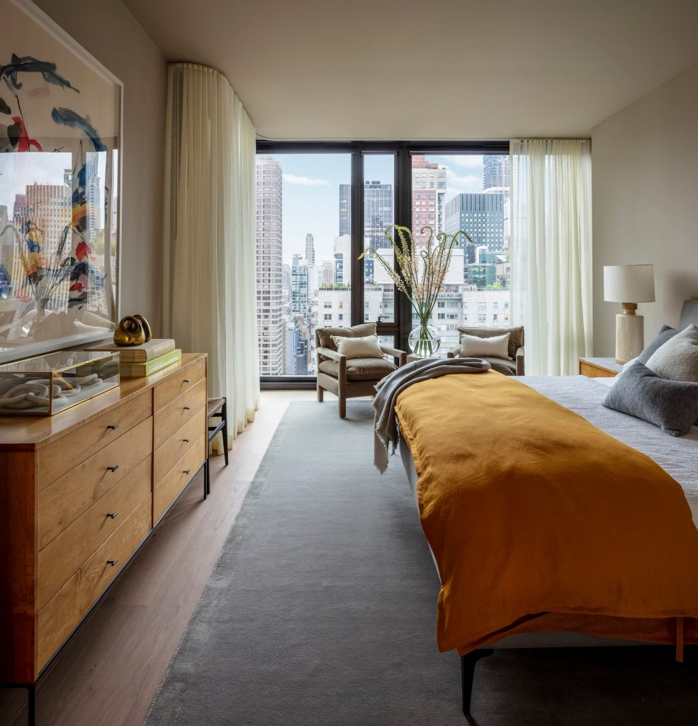 bedrooms with a view at One United Nations Park, NYC million dollar listings - webcam envy