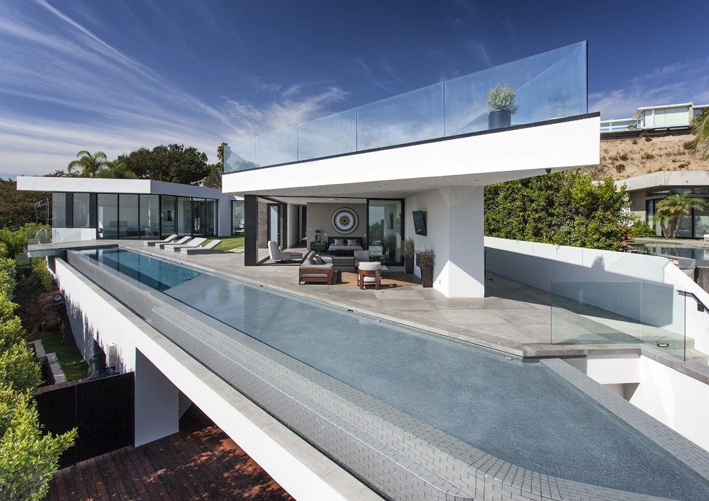 thrasher avenue contemporary home by paul mcclean design with infinity pool hollywood hillside