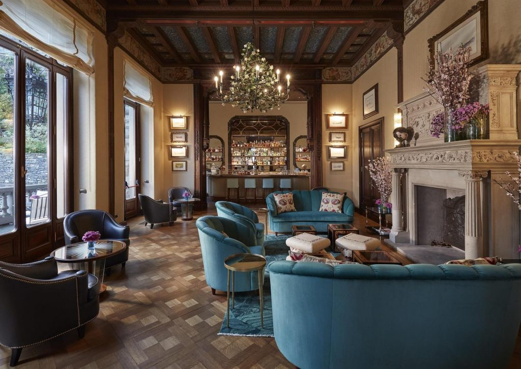 best Hotel Interior Design, AD Hotel Award Winners - CO.MO Bar & Bistrot of Mandarin Oriental, Italy