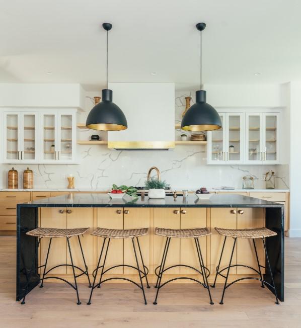 Kitchen by InHance Interiors