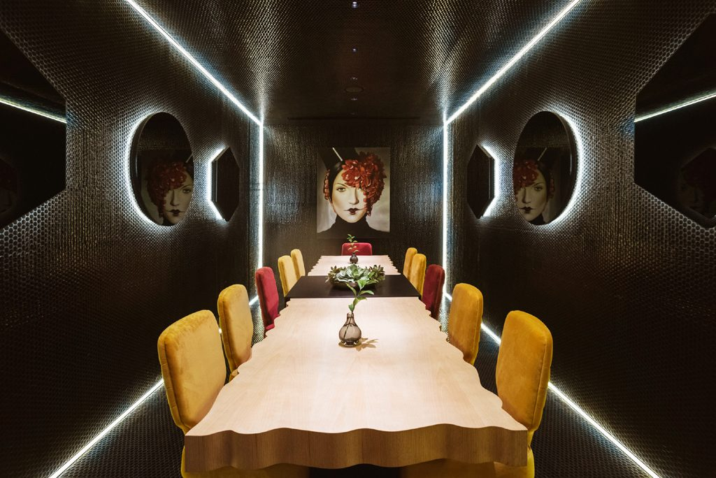 Private dining room at Kai La Caleta designed by In Out Studio Nayra Iglesias