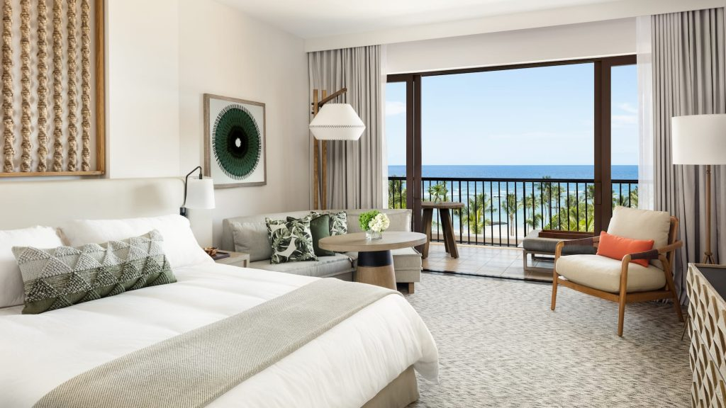 best Hotel Interior Design, AD Hotel Award Winners - Ocean view Deluxe King bedroom at Mauna Lani, Hawaii