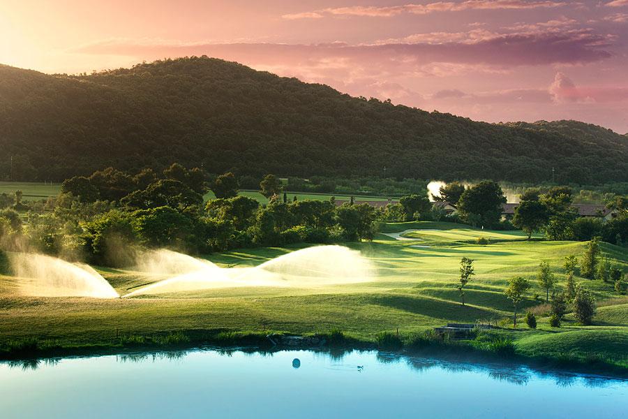 top golf resorts - Hole 10 at Argentario Golf Resort & Spa italy