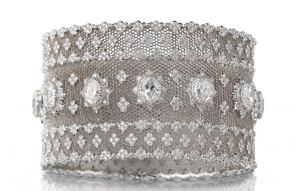 high jewelry Buccellati white-gold cuff showcasing 1,000 diamonds