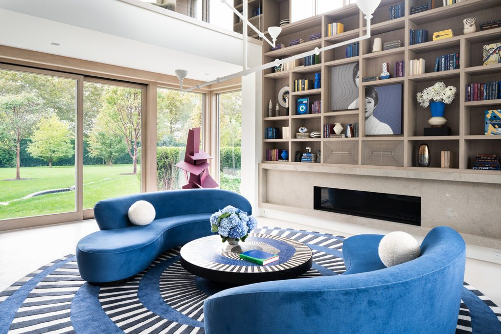 Library of a home Kelly Behun designed in Southampton, Photo by Stephen Kent Johnson