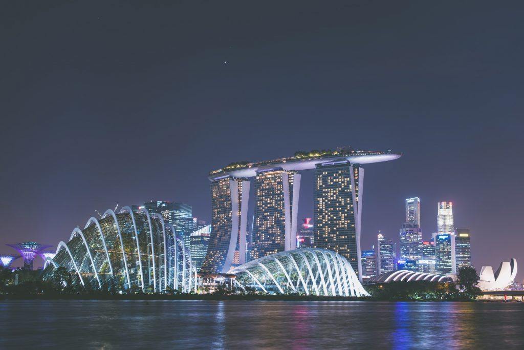 most luxurious cities in the world singapore at night