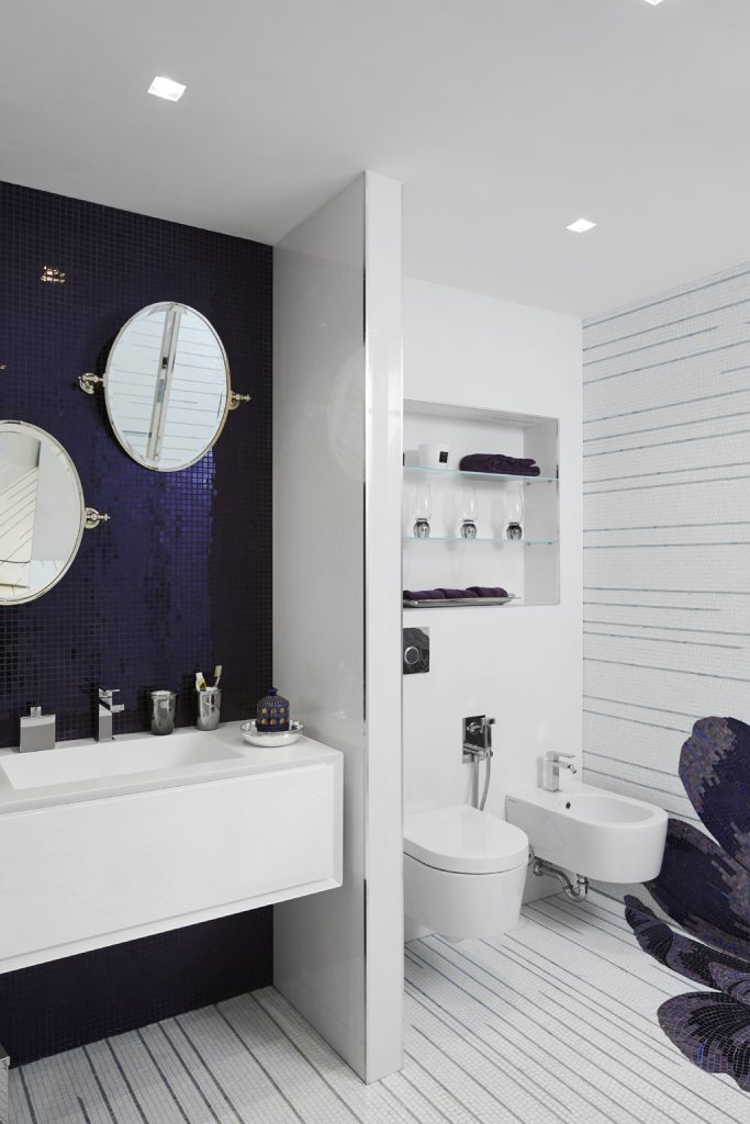 Cannes Bathroom design by Stephanie Coutas (Photo © Francis Amiand)