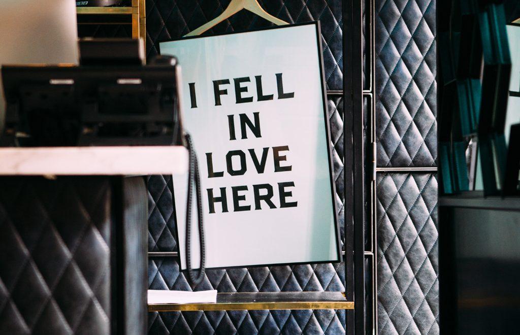 i feel in love here - jason briscoe unsplash
