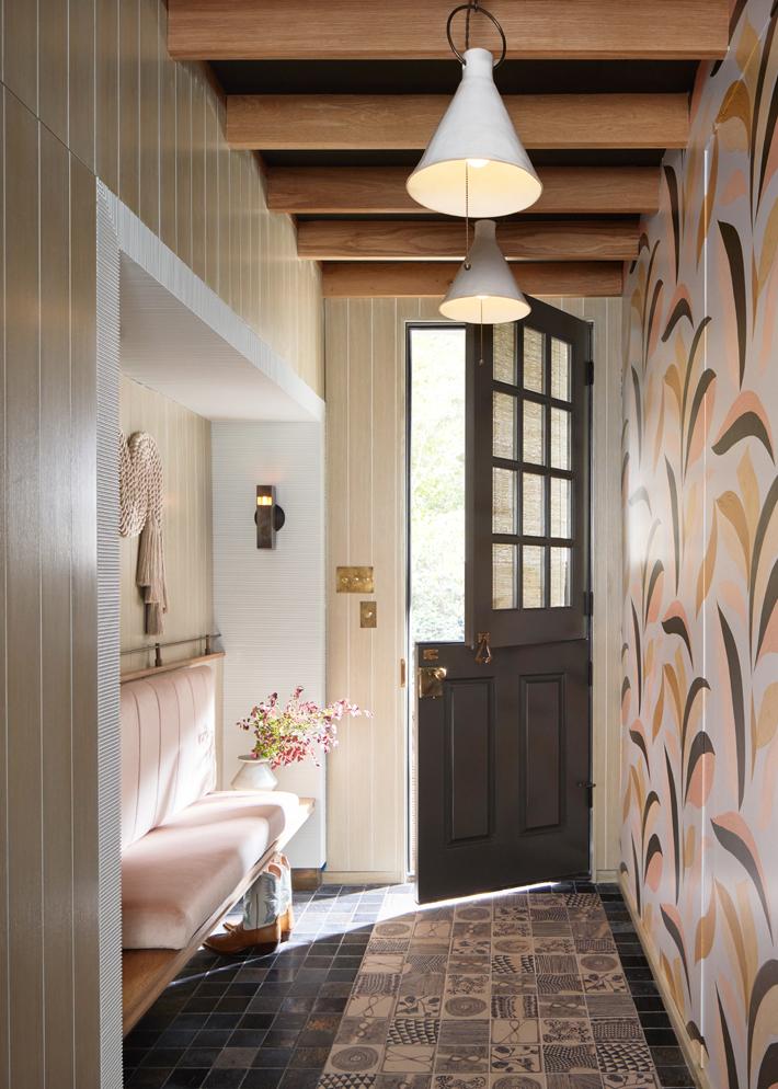 mudroom design at kips bay show house dallas 2020 designed by erin sander design