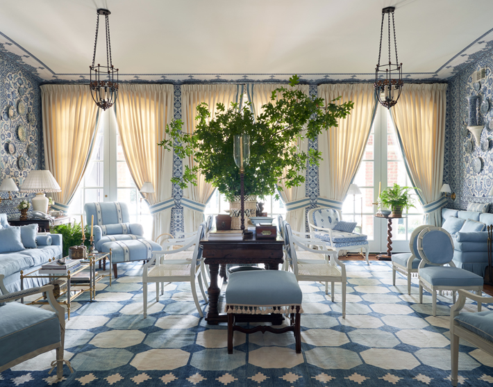 kips bay decorator show house dallas blue and white living room by mark d sikes interiors