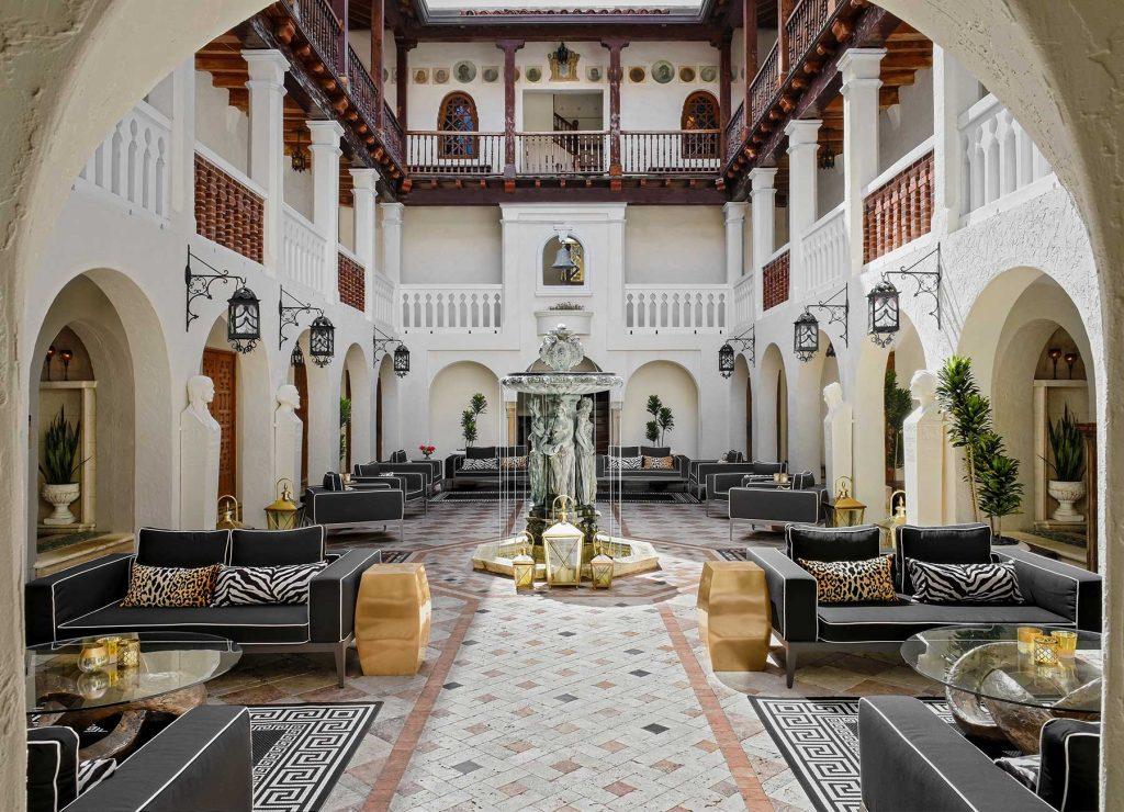 Courtyard at the The Villa Casa Casuarina, most beautiful hotels Miami, FL
