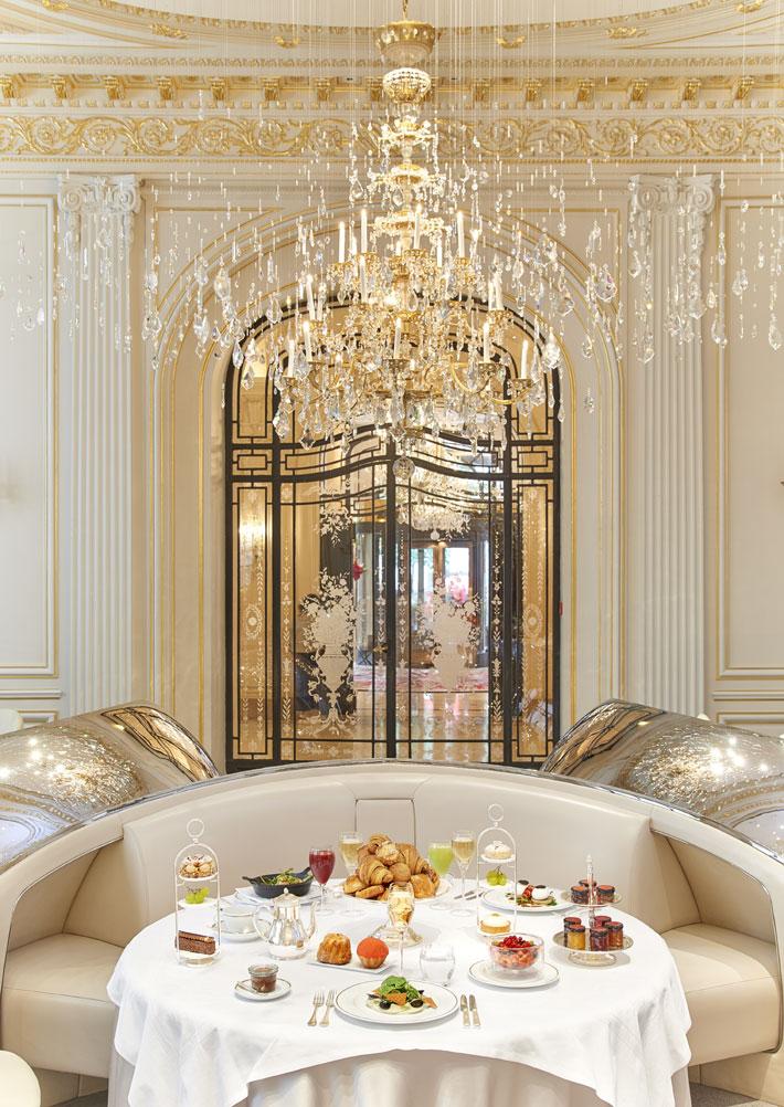 Hôtel Plaza Athénée Paris, Brunch - luxury five star hotels a perfect getaway