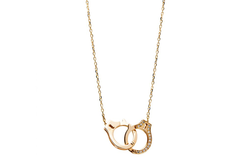 best holiday gifts handcuff Necklace from Eugénio Campos