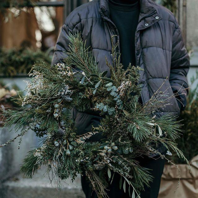 GŁADKI studio custom christmas wreath
