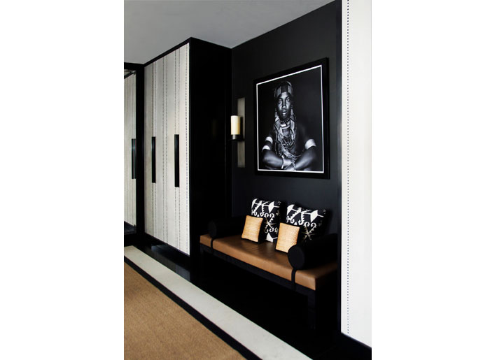 black and white interiors foyer Interior-design-by-Aleksand
