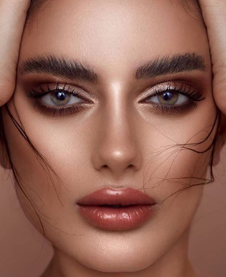 Learning how to create a cut crease is definitely a classic makeup must! (Photo from MFG Magazine)