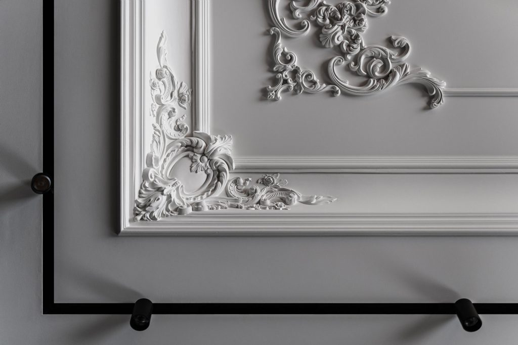 classic meets modern in empire molding details