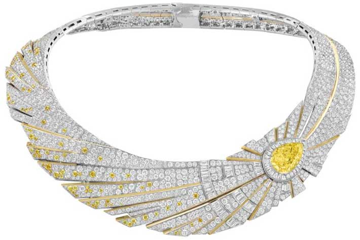 van cleef and arpels halley necklace high jewelry couture 2021 Sous les Etoiles