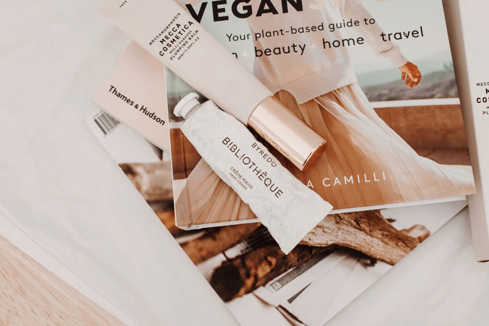 vegan beauty routine photo Jess @ Harper Sunday Unsplah