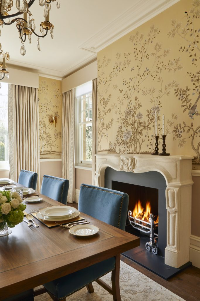 dining room laura passey gold and blue chinoiserie wallpaper