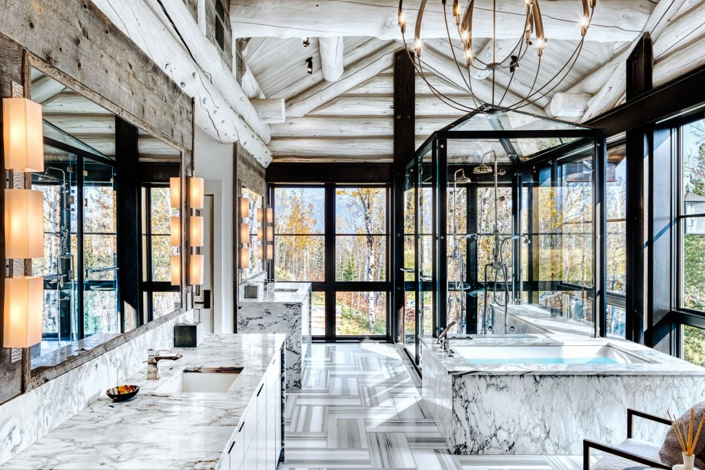 Photo by Alan Blakely of a bathroom design by JLF Architects and Chris Turner Studios, built by Big-D Signature