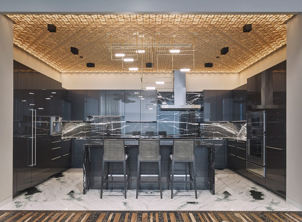 212box kitchen black marble gold ceiling