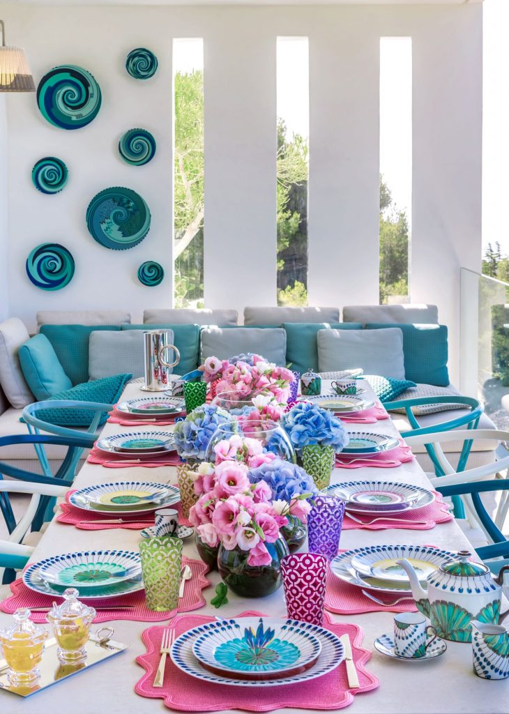 Summer vibes radiate from this interior design by Sabrina Monte Carlo