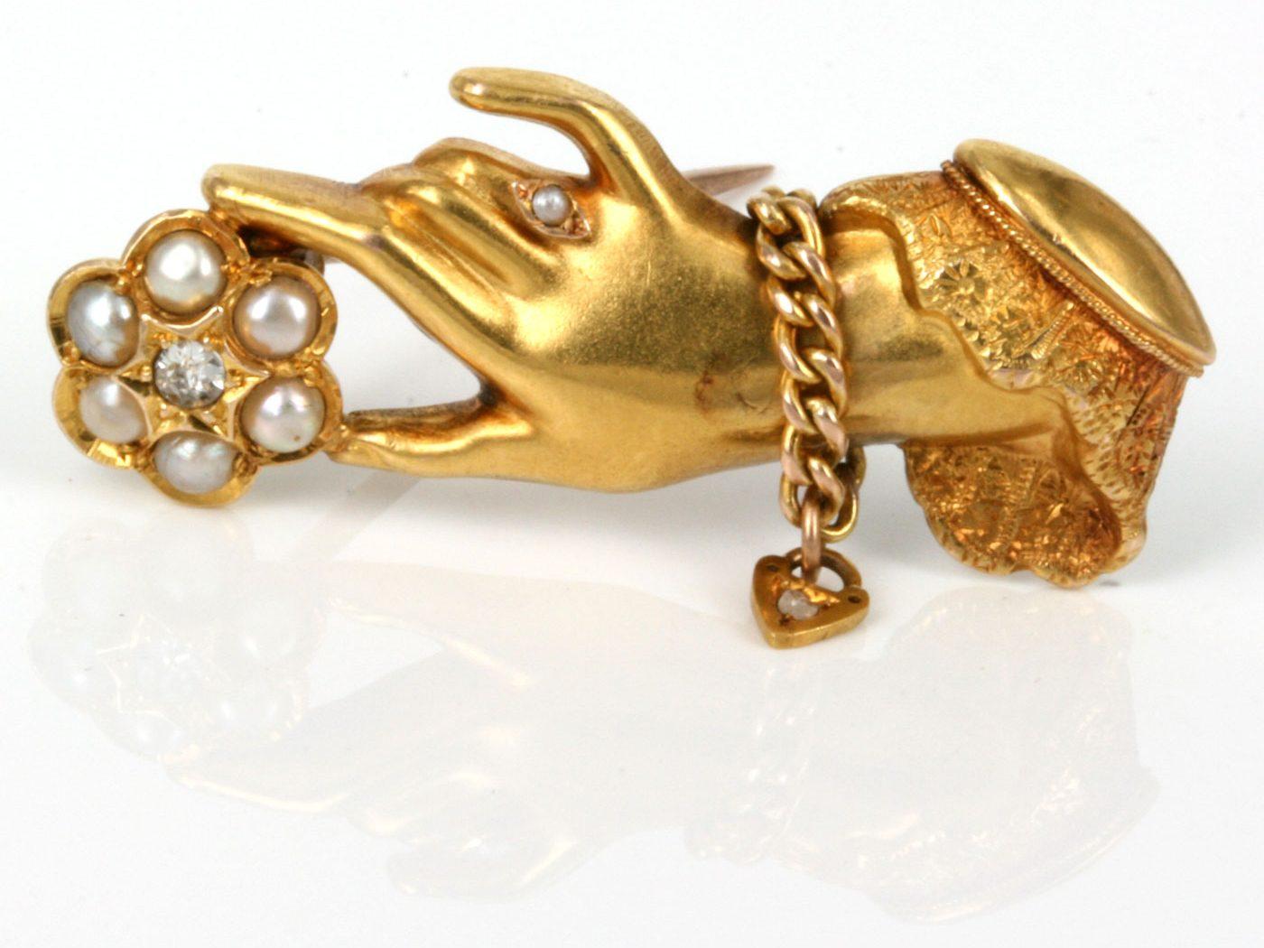 victorian era vintage jewelry hand brooch gold