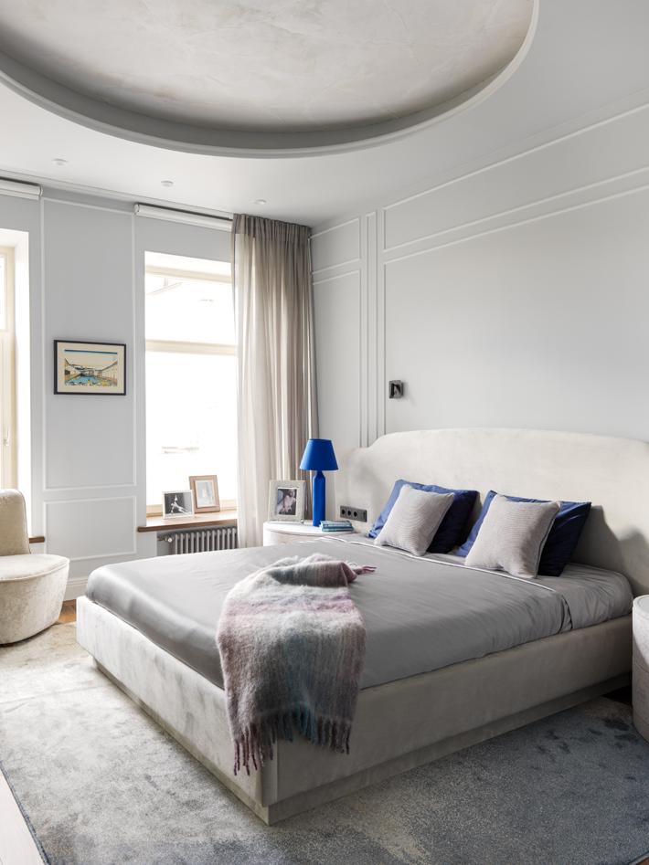 white bedroom maltsev design