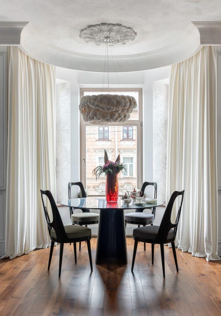 modern dining room Interior design by VADIM MALTSEV DESIGN