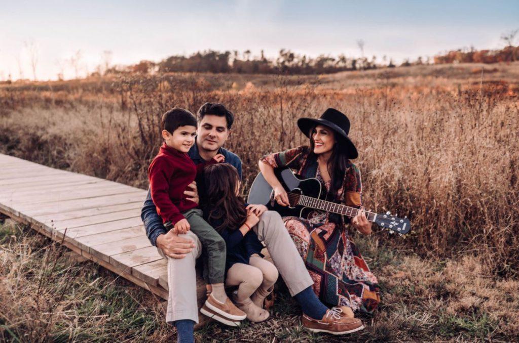 happy family by barbara larson photography