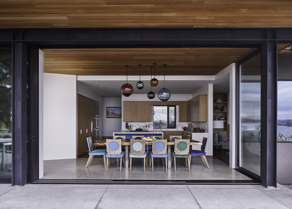 The Glass House by Pulp Design Studios (Photos by Stephen Karlisch)