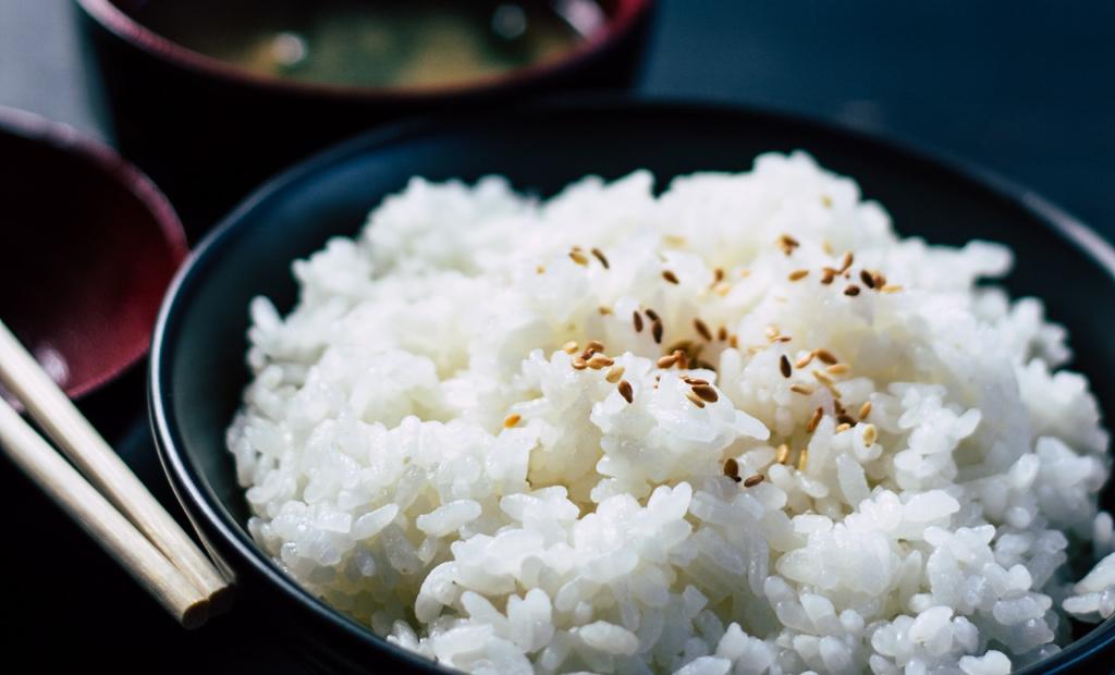 rice diet mgg vitchakorn unsplash