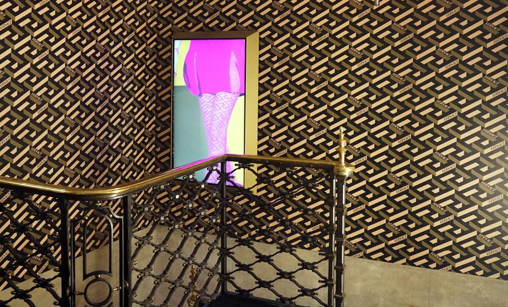 versace showroom milan design week 2021